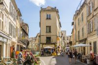 Entrance to the old city of Arles.